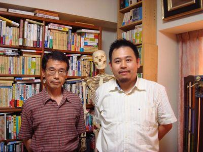 http://addons.books.com.tw/G/ADbanner/2011/12/mysterypaper124.jpg