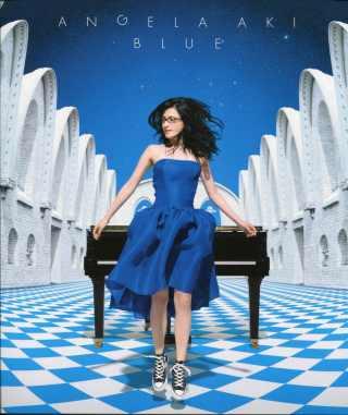 Angela Aki-Blue記錄本 ANGELA AKI : BLUE -Documentary Book
